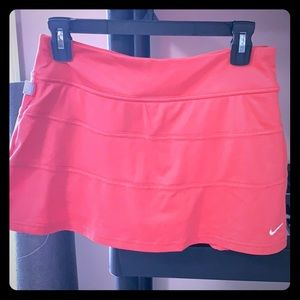 Coral Nike Dri-Fit Tennis Skort Medium
